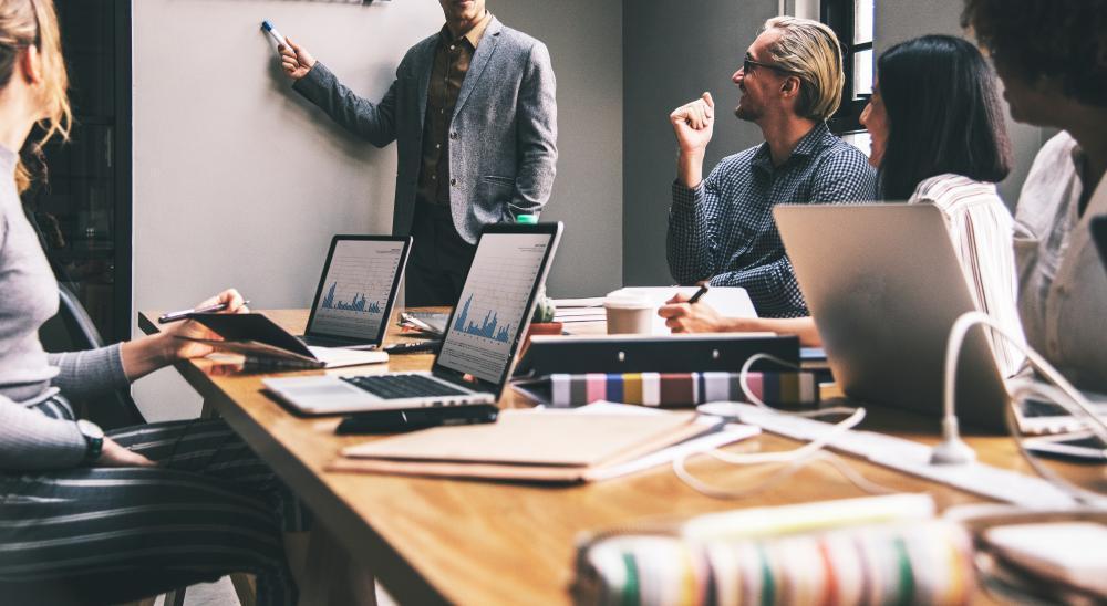 work %categoria Como você está cuidando do maior ativo da sua empresa?